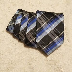 Croft & Barrow Classic Plaid Tie